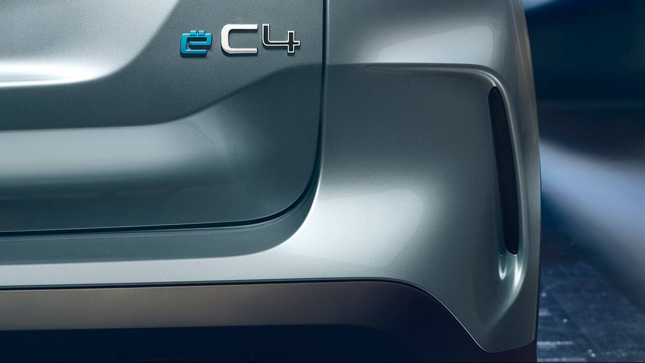 https://cdn.cnngreece.gr/media/news/2020/07/01/225555/photos/snapshot/CITROEN-C4-2020-9.jpg