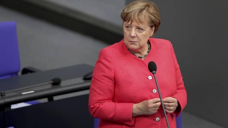 Μέρκελ: Ας είμαστε έτοιμοι και για ένα Brexit χωρίς συμφωνία