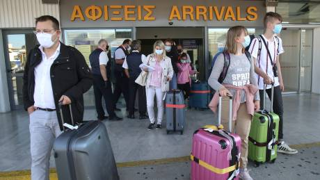 Στις Συμπληγάδες της οικονομίας και των τουρκικών προκλήσεων η κυβέρνηση
