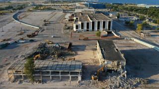Μπήκαν οι μπουλντόζες στο Ελληνικό: Οι εργασίες κατεδάφισης από… ψηλά