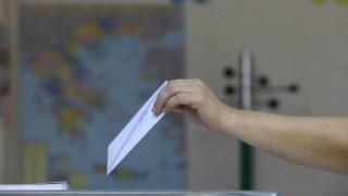 Δημοσκόπηση MRB: Στο 18,2% η διαφορά ΝΔ με ΣΥΡΙΖΑ