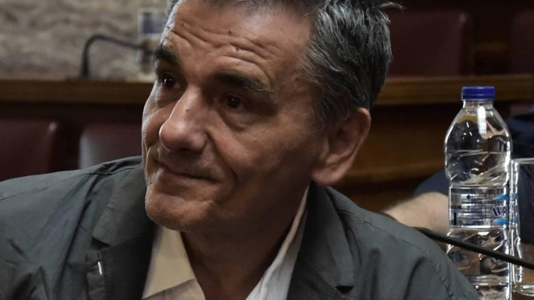Ευκλείδης Τσακαλώτος κατά Κωνσταντίνου Μπογδάνου και υπέρ Netflix