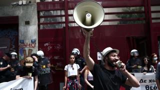 Νομοσχέδιο για διαδηλώσεις: Η κυβέρνηση επιμένει – «Όχι» από ΣΥΡΙΖΑ, ΚΚΕ, ΜΕΡΑ25 – «Ίσως» από ΚΙΝΑΛ