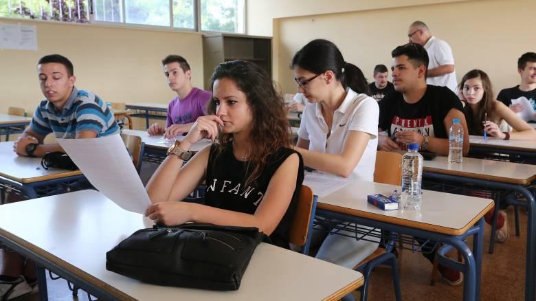 Πανελλήνιες 2020: Στο γραμμικό σχέδιο εξετάζονται σήμερα οι μαθητές