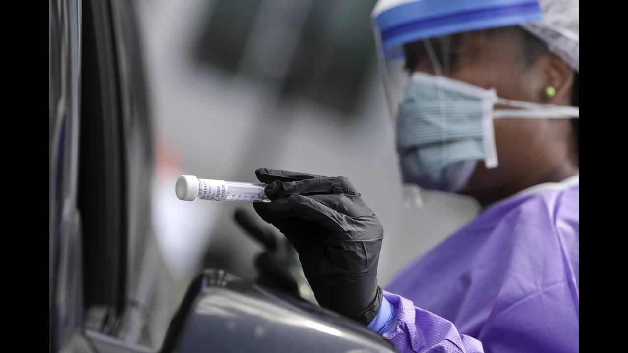 https://cdn.cnngreece.gr/media/news/2020/07/03/225783/photos/snapshot/usa_coronavirus-2.jpg