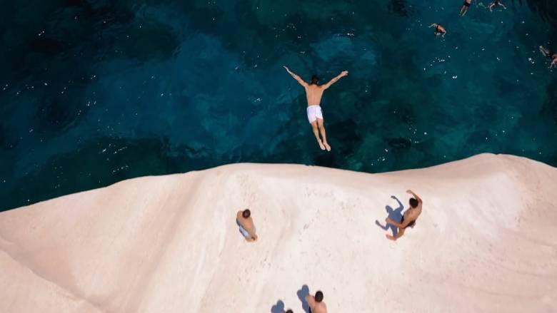 «Ατελείωτο ελληνικό καλοκαίρι» - «Απολαμβάνουμε Ελλάδα»: Τα νέα σποτ για τον τουρισμό