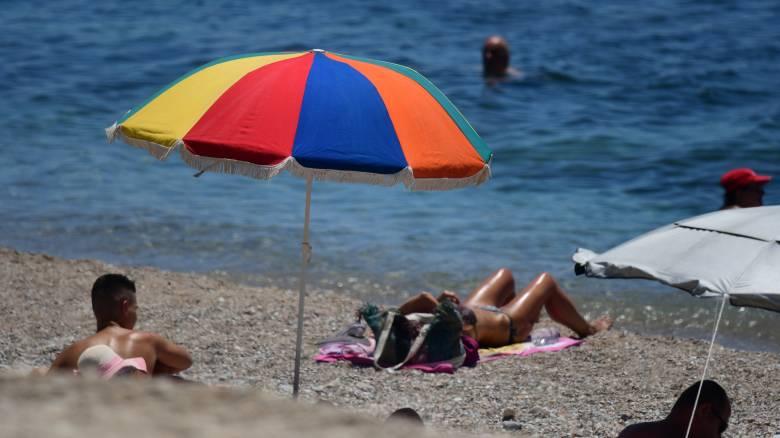 Η άπνοια ζέστανε το βόρειο Αιγαίο: Στους 28 βαθμούς η θερμοκρασία επιφάνειας θάλασσας