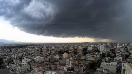Καιρός: Ραγδαία επιδείνωση από το βράδυ του Σαββάτου - Πού θα «χτυπήσει» η κακοκαιρία
