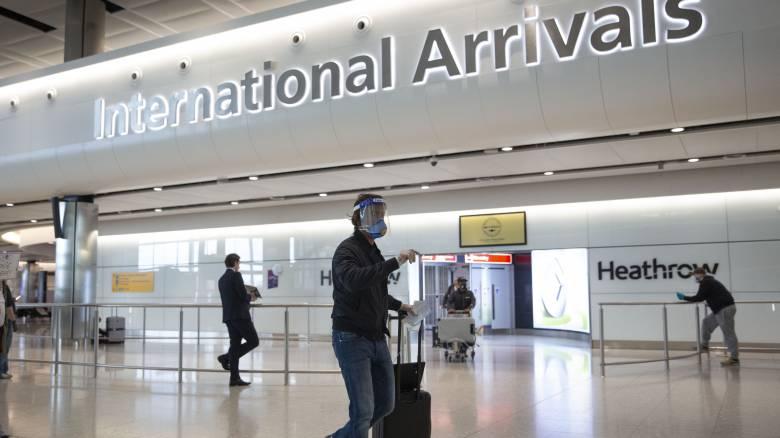 Κορωνοϊός: Στην «λευκή» λίστα της Βρετανίας η Ελλάδα - Δεν θα μπαίνουν σε καραντίνα οι ταξιδιώτες