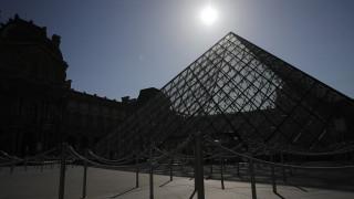 Ξανανοίγει το μουσείο του Λούβρου με περιορισμούς λόγω κορωνοϊού