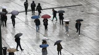 Άστατος ο καιρός και την Κυριακή - Πού αναμένονται βροχές, καταιγίδες και χαλάζι