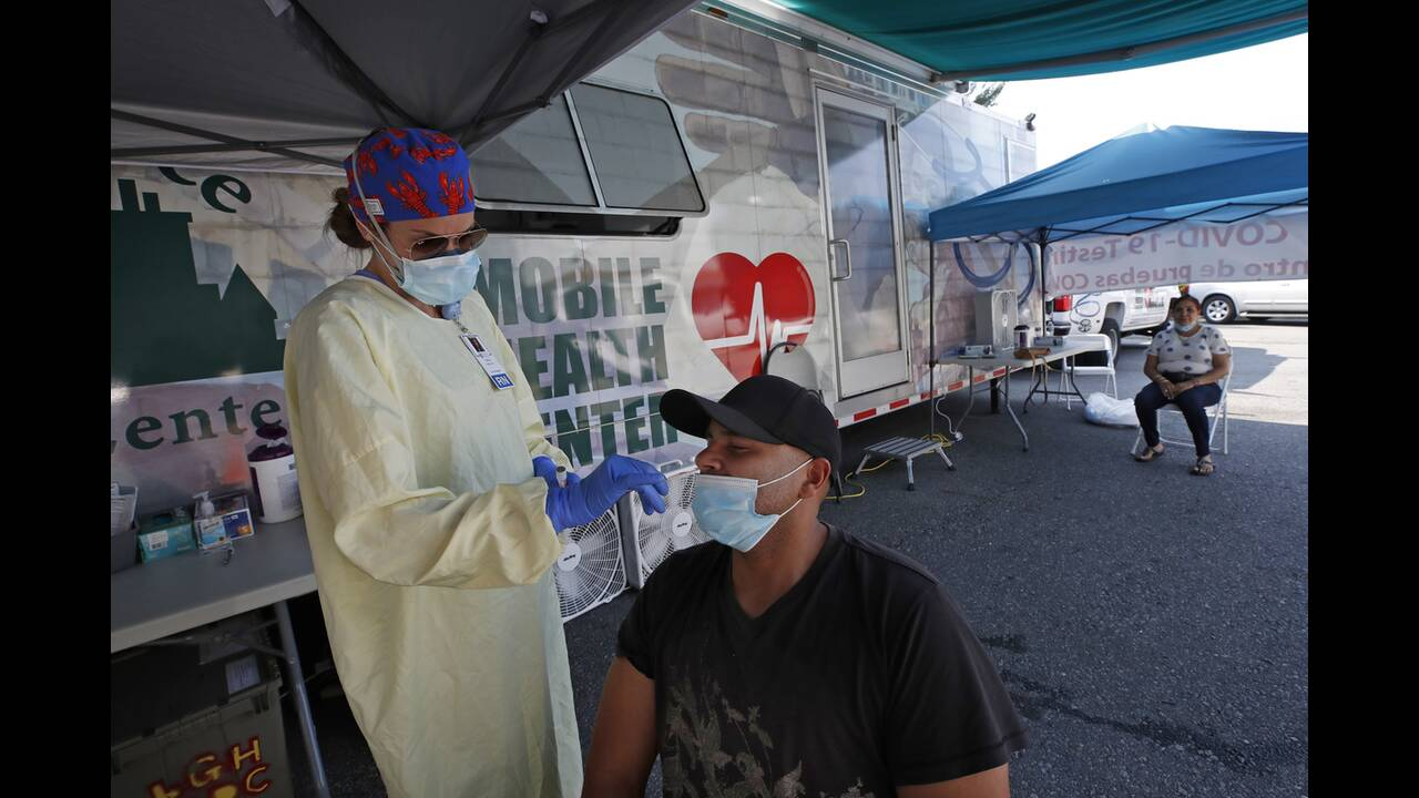 https://cdn.cnngreece.gr/media/news/2020/07/05/226022/photos/snapshot/usa_coronavirus-11.jpg