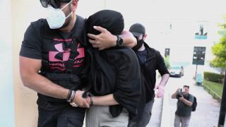 Επίθεση με βιτριόλι: Οι Αρχές επικεντρώνονται στο ποιος έδωσε στην 35χρονη το καυστικό υγρό