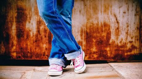 Έρευνα: Οι «ξενύχτηδες» έφηβοι εμφανίζουν συχνότερα αλλεργίες ή άσθμα