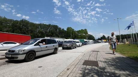 Προμαχώνας: Κυκλοφοριακό χάος με ουρές χιλιομέτρων στα ελληνοβουλγαρικά σύνορα
