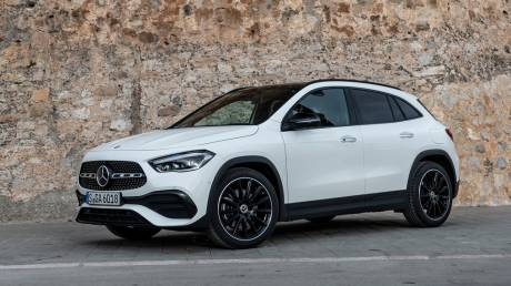 Η καινούργια Mercedes GLA είναι ήδη πρώτη στις προτιμήσεις