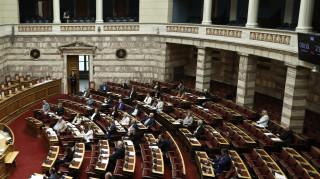Απαντήσεις από τον υπουργό Οικονομικών για τη λίστα των ΜΜΕ ζητά ο ΣΥΡΙΖΑ