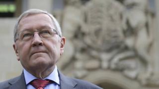 Ρέγκλινγκ: Ζωτικής σημασίας για την Ελλάδα οι μεταρρυθμίσεις – Προσοχή στις τράπεζες