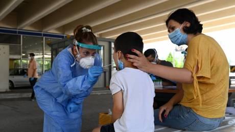 Κορωνοϊός: Προβληματισμός για τα εισαγόμενα κρούσματα - Σε εγρήγορση οι Αρχές