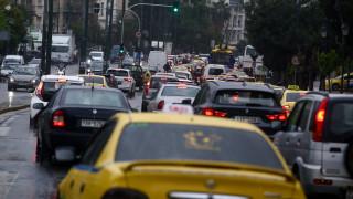 Κυκλοφοριακό «κομφούζιο» στην Κηφισίας λόγω τροχαίου