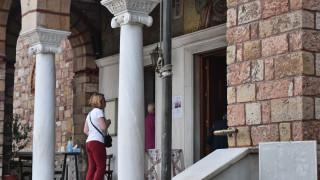 Κορωνοϊός: Ίδια τα μέτρα για τις εκκλησίες μέχρι 21 Αυγούστου