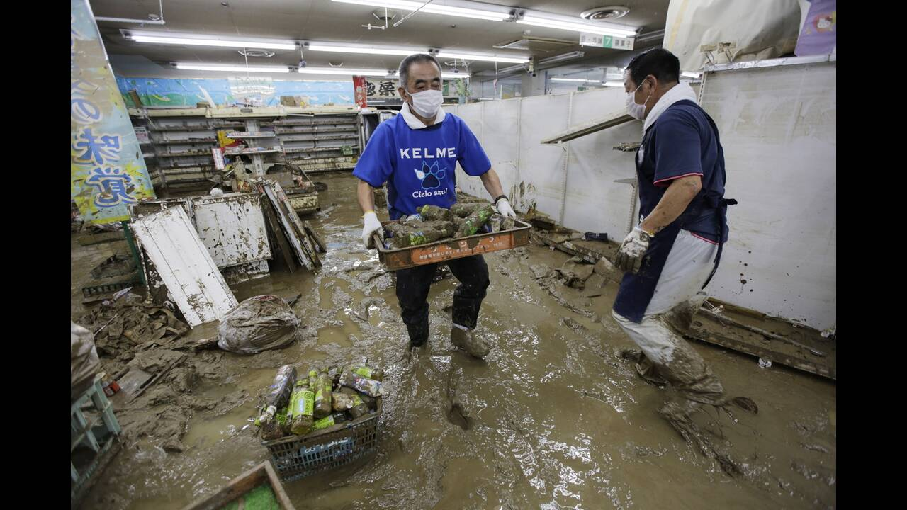 https://cdn.cnngreece.gr/media/news/2020/07/09/226555/photos/snapshot/japan_floods-3.jpg