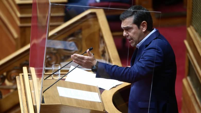 Σφοδρή σύγκρουση Τσίπρα - Γεραπετρίτη στη Βουλή