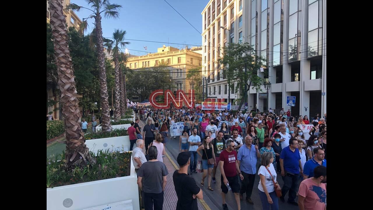 https://cdn.cnngreece.gr/media/news/2020/07/09/226644/photos/snapshot/poreia-nomosxedio-2.jpg