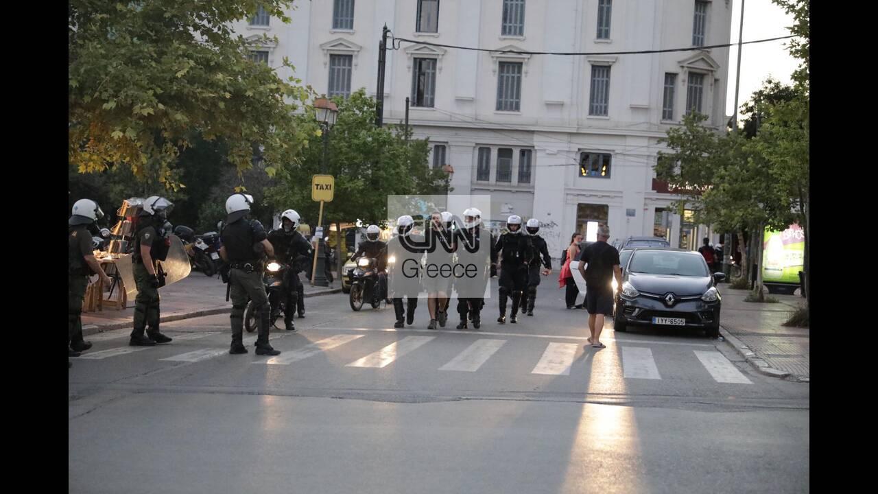 https://cdn.cnngreece.gr/media/news/2020/07/09/226651/photos/snapshot/syntagma-5.jpg