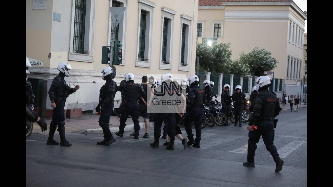 https://cdn.cnngreece.gr/media/news/2020/07/09/226651/photos/snapshot/syntagma-6.jpg