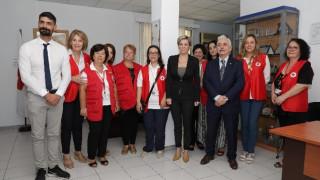Ερυθρός Σταυρός: Τηλεφωνική γραμμή για σωφρονιστικούς υπαλλήλους