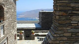 Μονή Αγίας Ειρήνης Άνδρου: Ένα μοναστήρι μουσείο