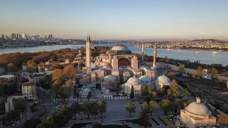 Παρέμβαση UNESCO για Αγία Σοφία: Προτρέπουμε τις τουρκικές Αρχές να αρχίσουν διάλογο