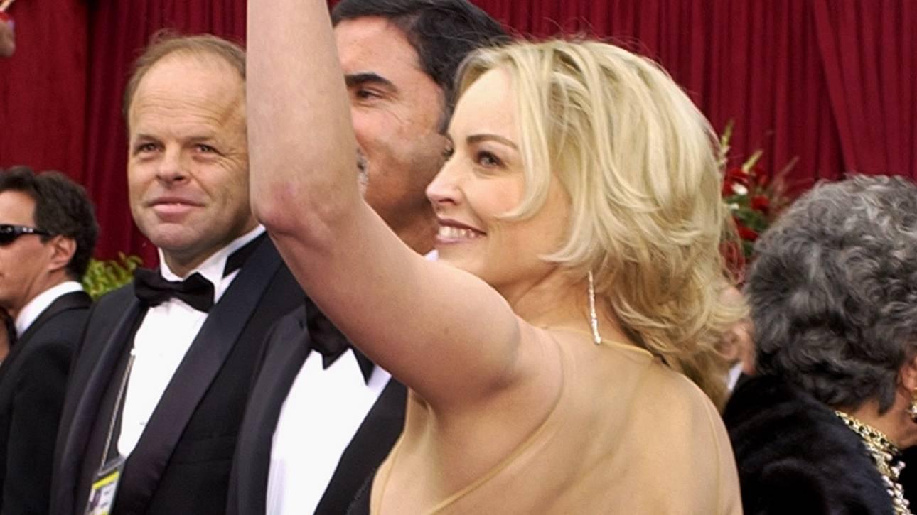 Σάρον Στόουν: «Οι ατέλειες της ηλικίας είναι σέξι» - Καλύτερη στα 62 από τα 20 (pics)