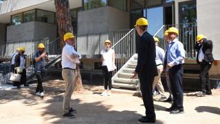 Επίσκεψη του Πάιατ στο «Anna Papageorgiou STEM Center» του Ανατόλια που κατασκευάζει η ΕΛΛΑΚΤΩΡ