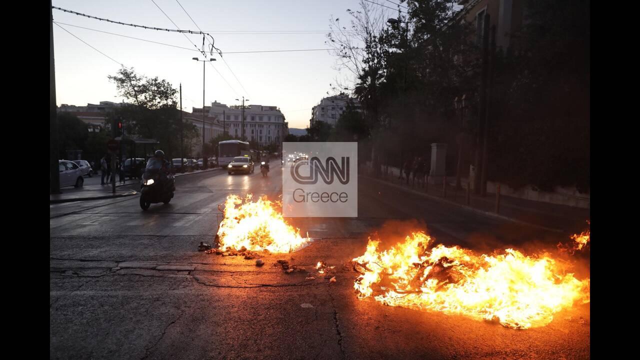 https://cdn.cnngreece.gr/media/news/2020/07/10/226755/photos/snapshot/syntagma-2.jpg