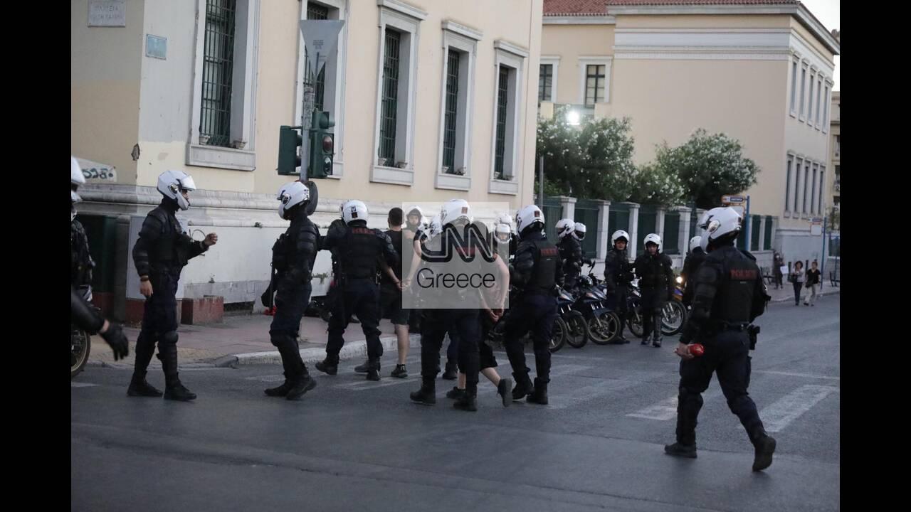 https://cdn.cnngreece.gr/media/news/2020/07/10/226755/photos/snapshot/syntagma-6.jpg