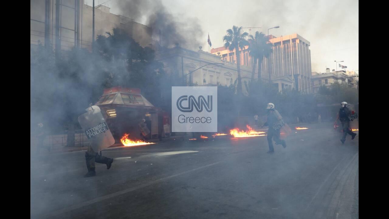 https://cdn.cnngreece.gr/media/news/2020/07/10/226774/photos/snapshot/syntagma-11.jpg
