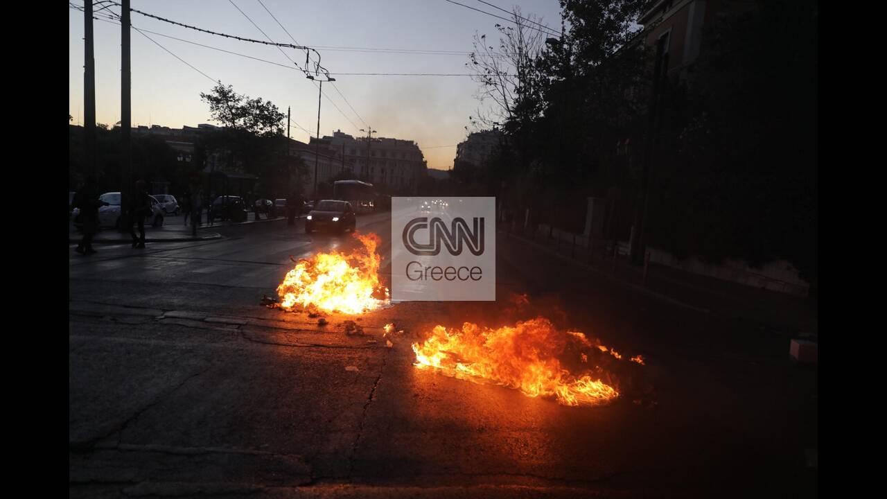 https://cdn.cnngreece.gr/media/news/2020/07/10/226774/photos/snapshot/syntagma-3.jpg