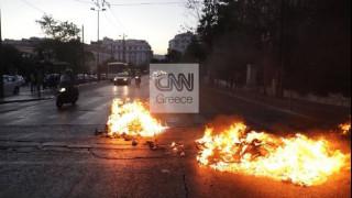 Πολιτική κόντρα ΣΥΡΙΖΑ - Χρυσοχοΐδη για τα επεισόδια στο Σύνταγμα