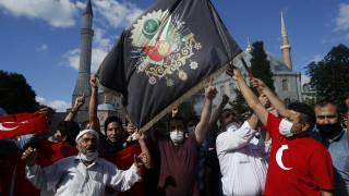 Αγία Σοφία - Ρωσία: Αντιδράσεις σε όλο τον χριστιανικό κόσμο με την μετατροπή σε τζαμί