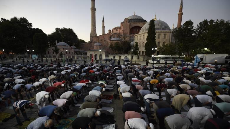 Παγκόσμια οργή για τη μετατροπή της Αγίας Σοφίας σε τζαμί