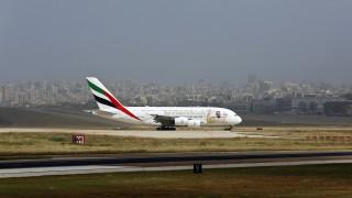 Στον «αέρα» χιλιάδες εργαζόμενοι της Emirates - Η εταιρεία επεξεργάζεται νέες περικοπές