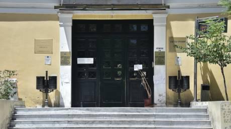 Ποινική δίωξη κατά του αστυνομικού που κατηγορείται ότι εμπόδισε σύλληψη διαδηλωτή
