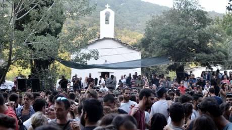 Κορωνοϊός: Ανοιχτό το ενδεχόμενο επιβολής περιοριστικών μέτρων για τα πανηγύρια