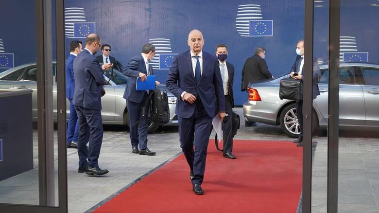 ΕΕ: Πιέζει για μέτρα κατά της Τουρκίας η Αθήνα - Προς το παρόν καταδικάζουν οι ΥΠΕΞ