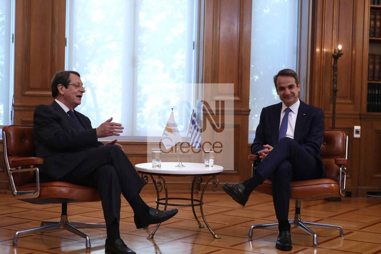 https://cdn.cnngreece.gr/media/news/2020/07/14/227157/photos/snapshot/mitsotakis_anastasiadis-1.jpg