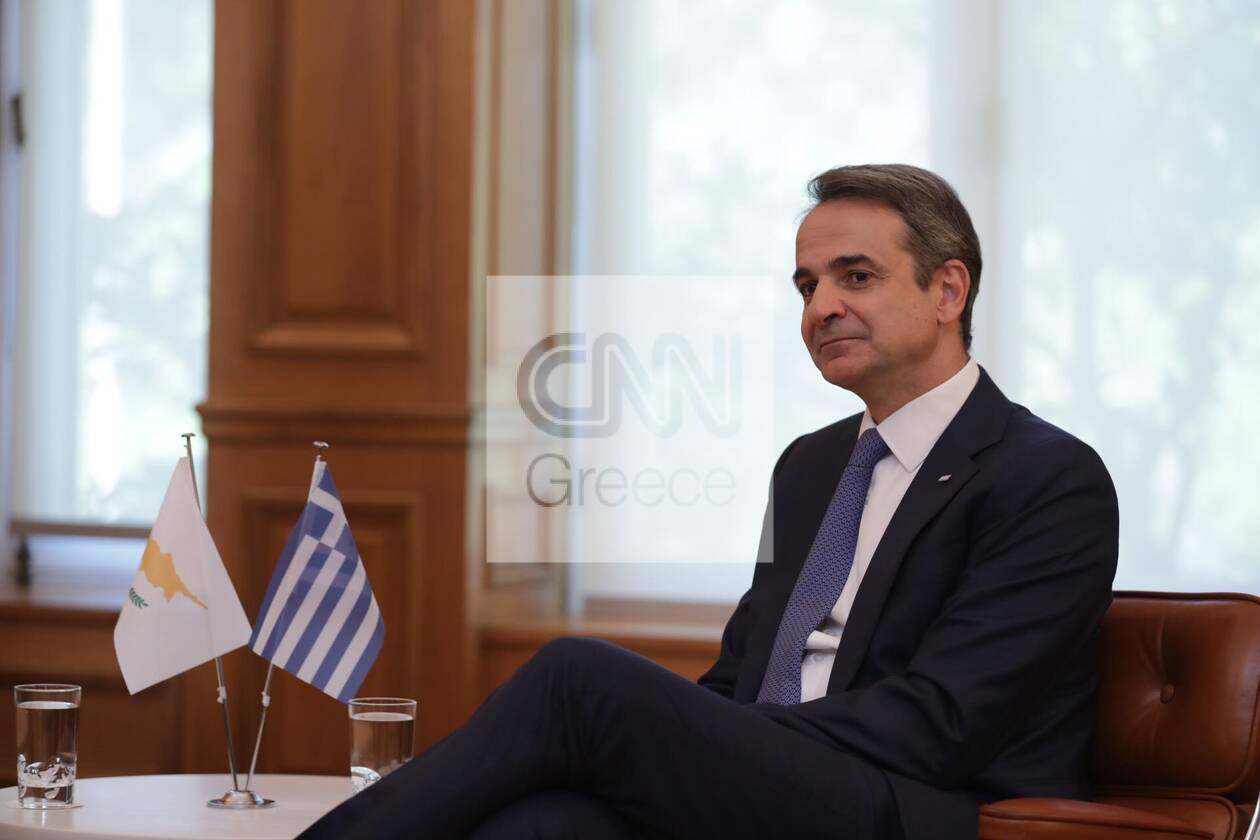 https://cdn.cnngreece.gr/media/news/2020/07/14/227157/photos/snapshot/mitsotakis_anastasiadis-2.jpg