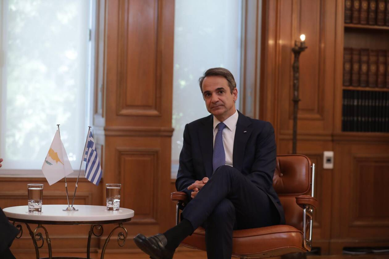 https://cdn.cnngreece.gr/media/news/2020/07/14/227157/photos/snapshot/mitsotakis_anastasiadis-4.jpg