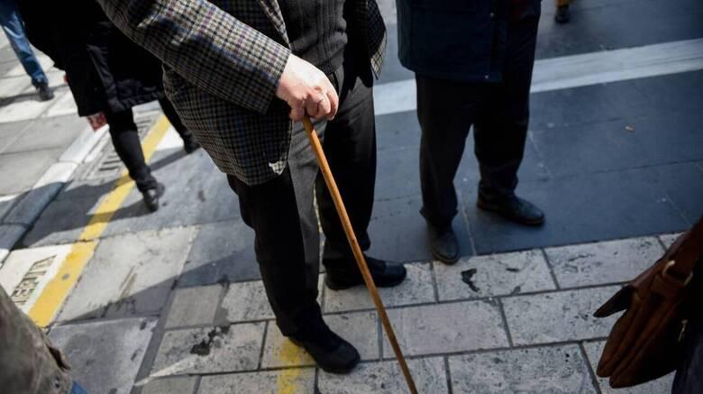 «Παράθυρο για αναδρομικά σε όλους»: Τι λέει στο CNN Greece ο εργατολόγος Κ. Τσουκαλάς